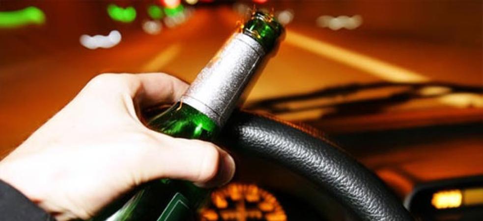 Za víkendovými  dopravními nehodami stál i alkohol