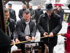 Ministr kultury slavnostně otevřel zrekonstruovaný kostel sv. Anny vDřevěném městečku