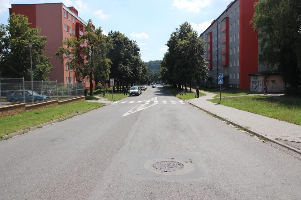 Vážná nehoda cyklisty v Rožnově. Policie hledá svědky