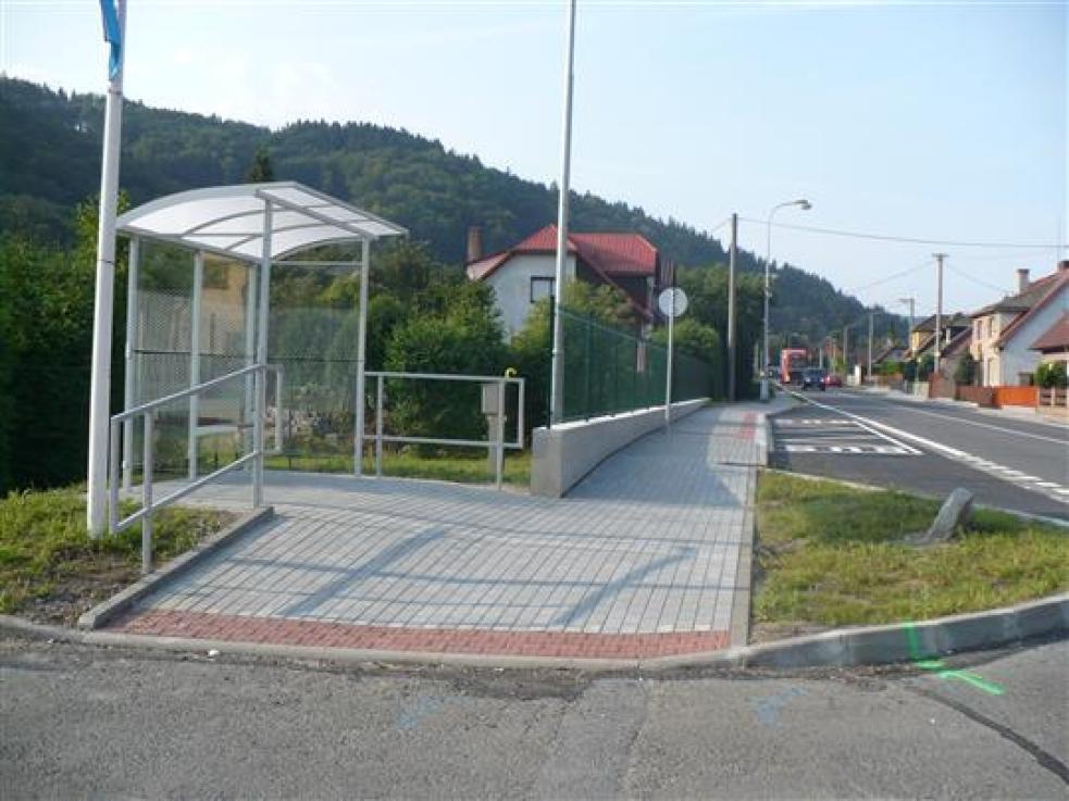 V Rokytnicí přibylo letos dalších 400 metrů nových chodníků