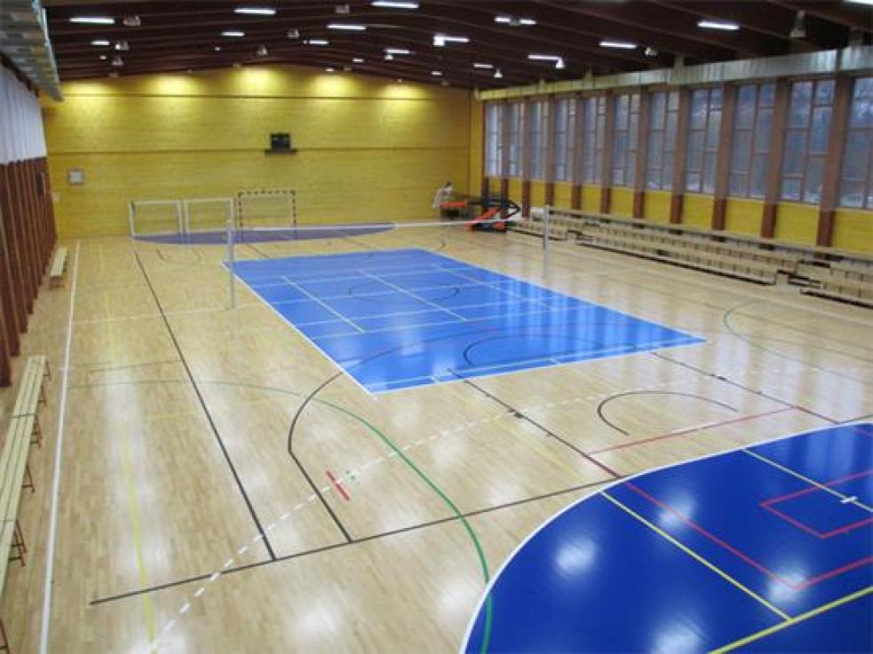 Větší komfort pro sportovce v hale Na Lapači