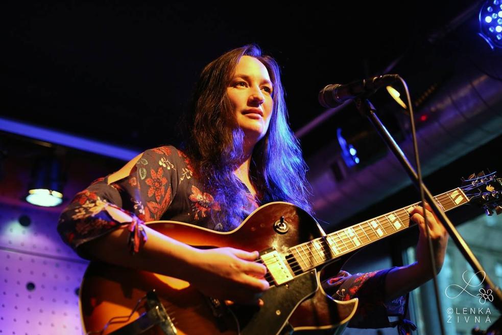 Známá písničkářka a zpěvačka Martina Trchová představí ve Vsetíně svou výtvarnou tvorbu