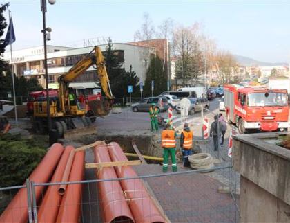 Dopravu v centru Vsetína poznamenají uzávěrky komunikací