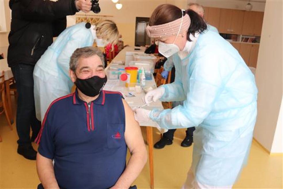Ministerstvo zdravotnictví spustilo registrace na očkování pro učitele a osoby starší 70 let