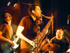 Polský punk-jazz na Malé scéně za oponou