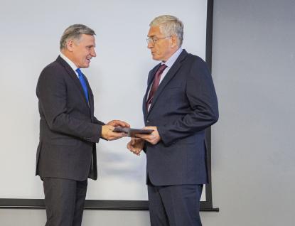 Bývalý ředitel Uherskohradišťské nemocnice Antonín Karásek je Osobností Zlínského kraje ve zdravotnictví