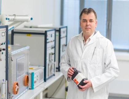 Zlínští vědci mohou zbavit nemocnice bakterií