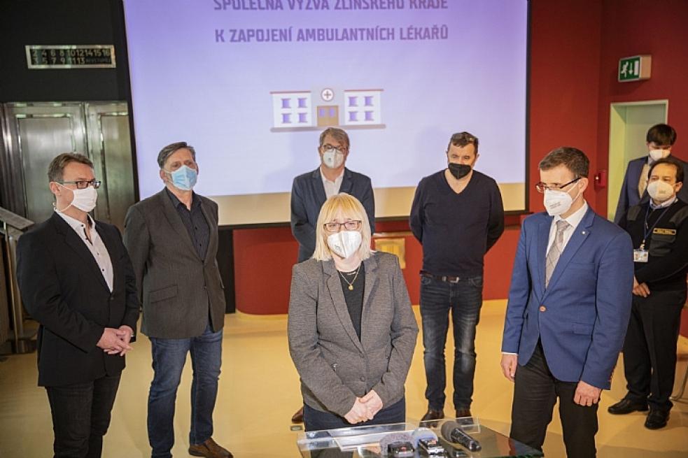 Hejtmanství společně snemocnicemi vyzvalo ambulantní specialisty kpomoci vprovozu nemocnic