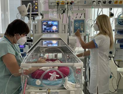 Kapka Naděje věnovala zlínské nemocnici pět resuscitátorů v celkové hodnotě 400 tisíc korun