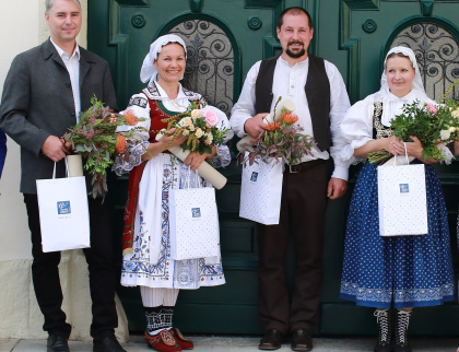 Mistři tradiční lidové výroby Zlínského kraje převzali ministerské ocenění. Tři jsou z Valašska
