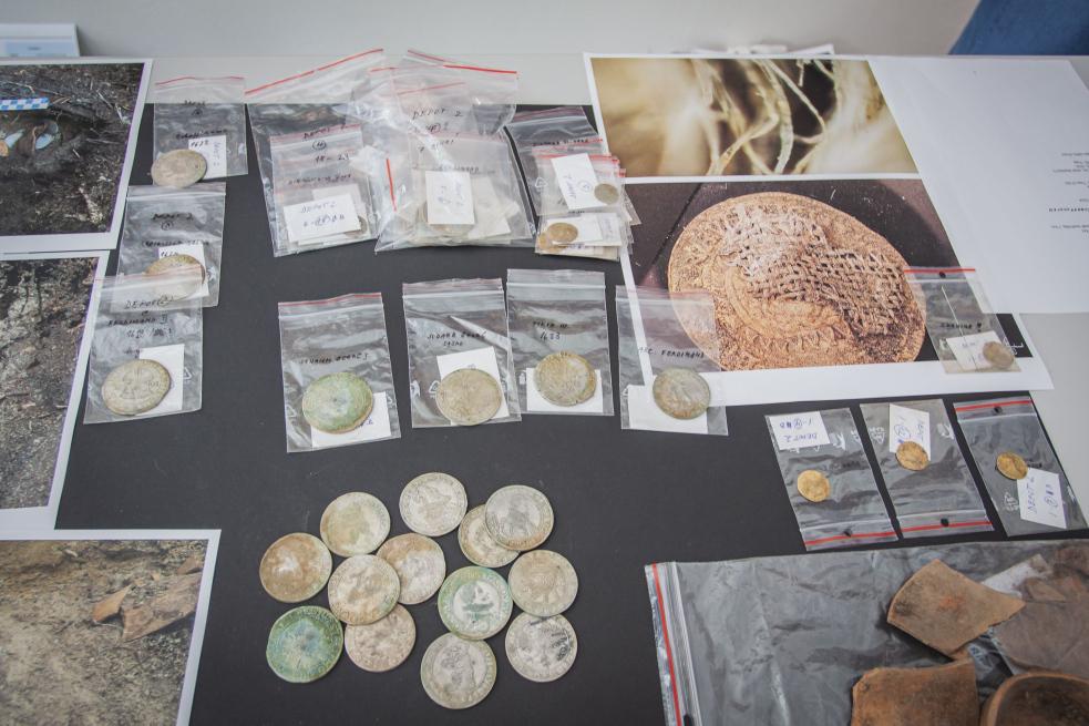 Hejtman Čunek: Nálezce unikátního pokladu mincí ztřicetileté války si zaslouží férovou odměnu