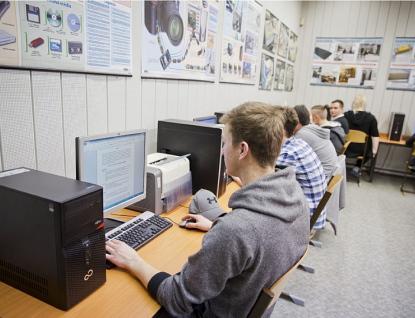 Pomáhejte nám svysíláním, nabízí studentům ze Zlínského kraje Czech – American TV