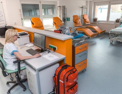 Den urgentní medicíny připomíná celosvětový trend vneodkladné péči, zlínská nemocnice vylepšuje svůj urgentní příjem