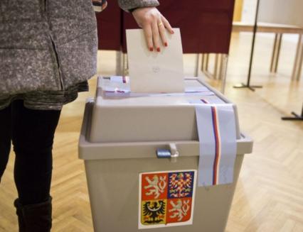 Kdo uspěl a neuspěl ve volbách do poslanecké sněmovny?