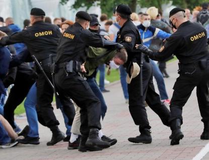 Bělorusko:  Zfalšované volby, policejní násilí, demonstranti v ulicích