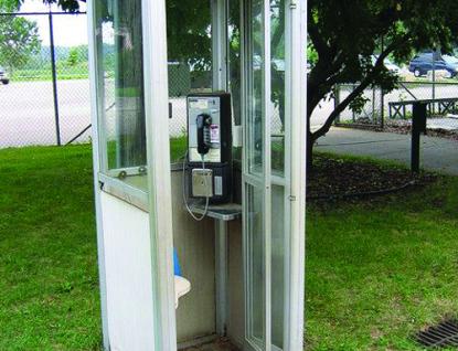 Z ValMezu zmizí telefonní budky