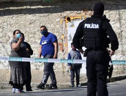 V romských osadách na Slovensku to vybuchlo, řekl premiér. Nekontrolovatelně se šíří koronavirus