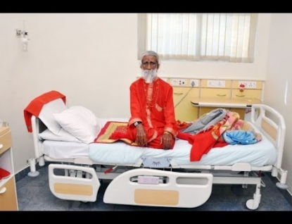 Zemřel indický jogín, který tvrdil, že 80 let nejedl ani nepil
