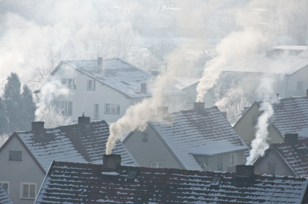Kvalitu ovzduší ve Valmezu nejvíce ovlivňují lokální topeniště, Polsko a doprava