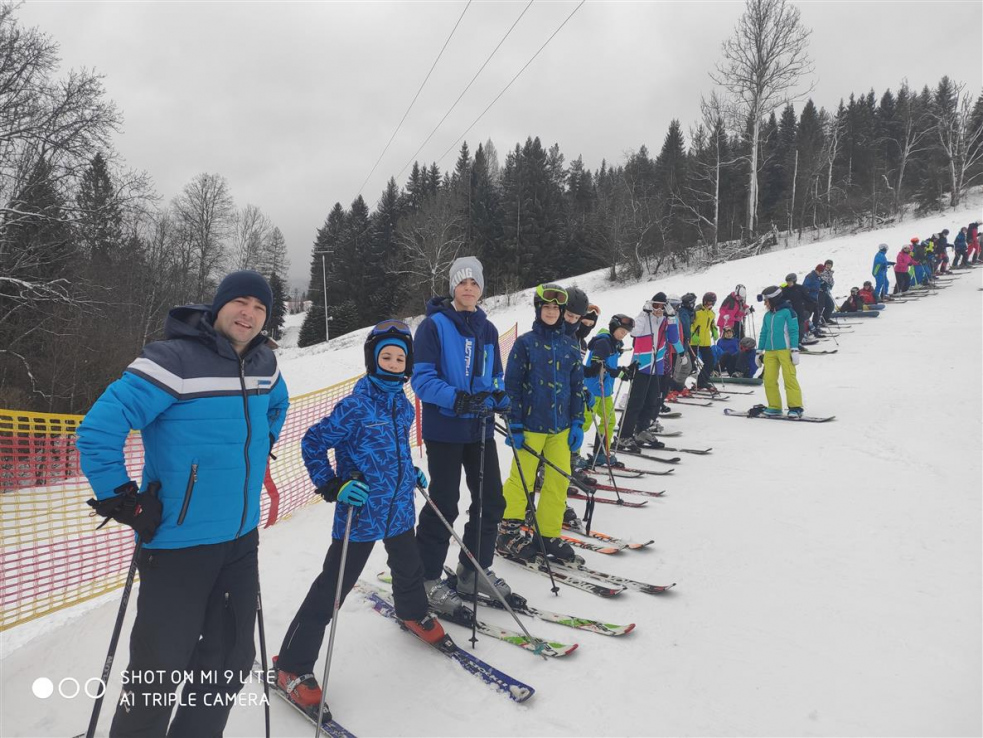 Školáci ze Srbska si užili lyžařský kurz na Kyčerce