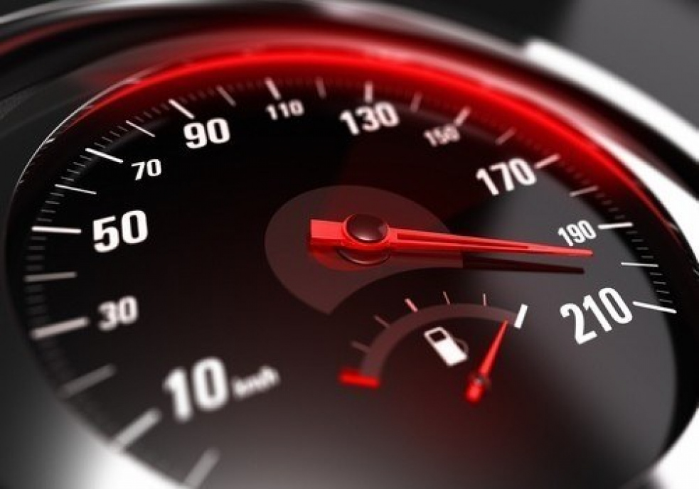 Řítila se rychlostí 140 km/h