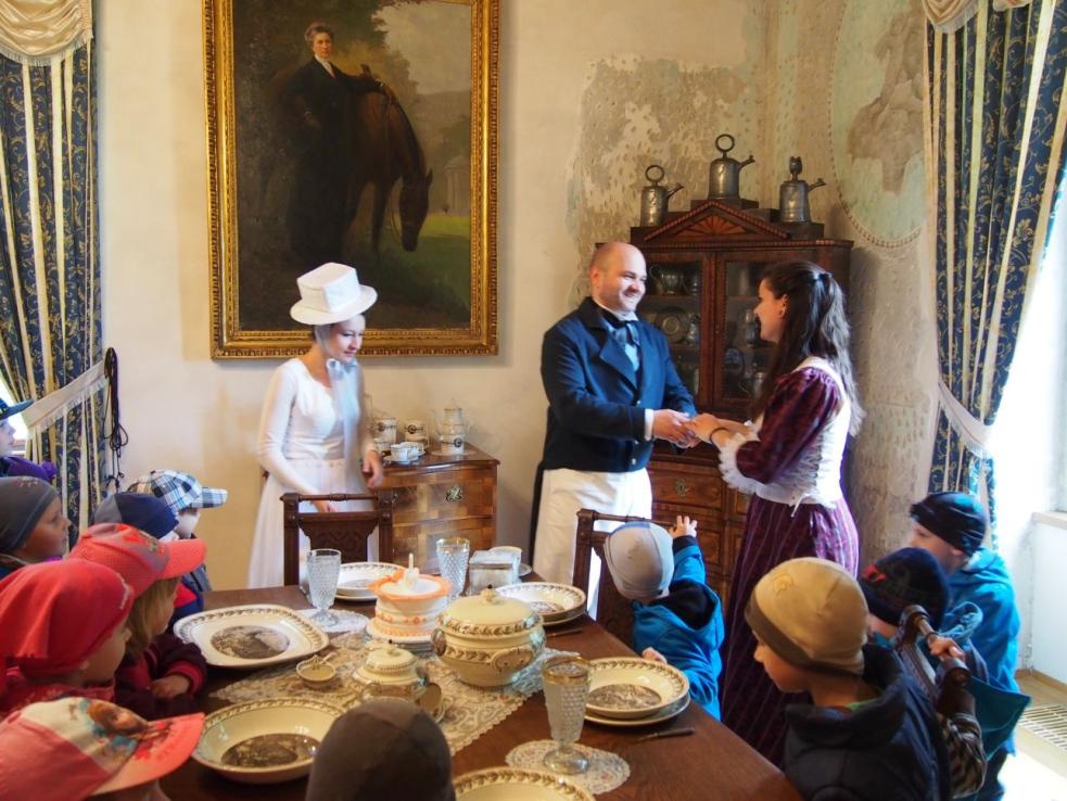 Pohádkové odpoledne v zámku Lešná