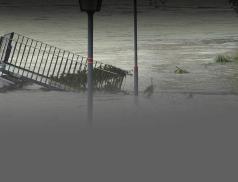 Města a obce postižené živelní pohromou v minulém roce obdrží téměř 67 milionů korun na obnovu