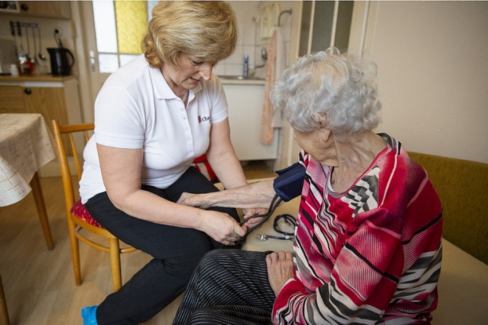 Na zajištění dostupnosti a kvality sociálních služeb poskytne kraj více než 57 milionů korun