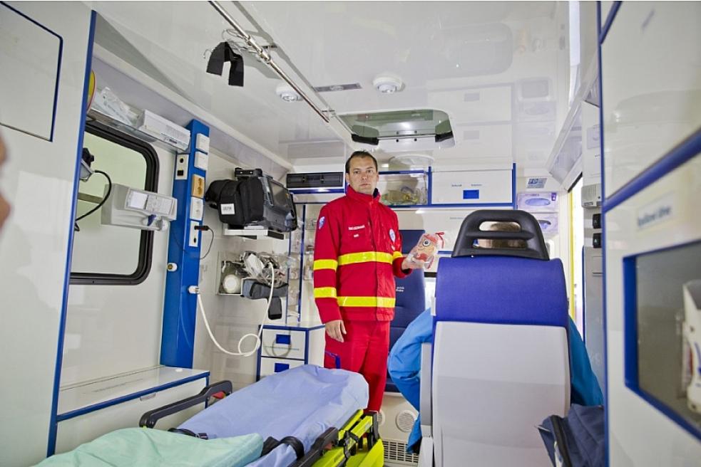 Zdravotničtí záchranáři získají dvacet nových defibrilátorů