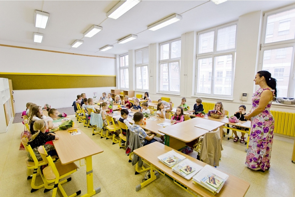 Zlínskému kraji se podařilo získat od státu peníze na navýšení platu pedagogů